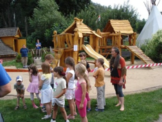 "Kinderbauernhof ""Roter Hof"", Bild"