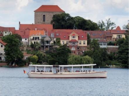 """Elektroboot """"Annemarie"""" auf dem Straussee, Bild"""