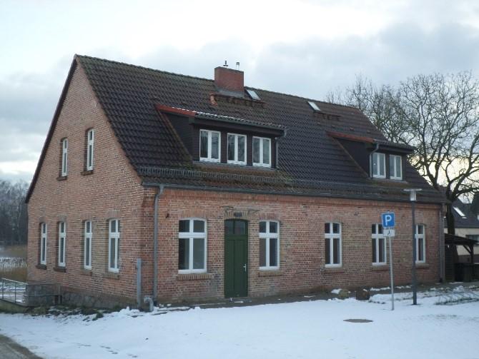 Dorfgemeinschaftshaus Hohenstein außen neu