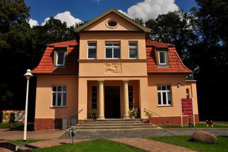 Haus der Generationen Hoppegarten, Bild